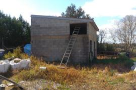 Derriban una edificación sin licencia en suelo rústico en Llubí