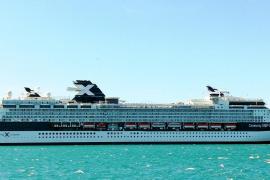 Primera visita a Palma del buque 'Celebrity Infinity'