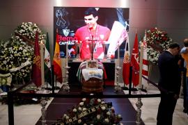 El féretro de Reyes llega al Sánchez Pizjuán que acoge la capilla ardiente del futbolista