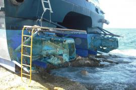 Baleària termina las tareas de descontaminación del 'Maverick Dos'