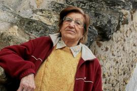 """Francesca Mas: """"Ni olvido ni perdono. Quise demasiado a mi padre"""""""