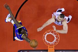 Los Warriors empatan la final de la NBA ante Toronto