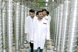 Irán amenaza con dejar de vender crudo a más países europeos, entre ellos España