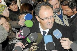 El abogado de Urdangarin cree que sólo pudo cometer «errores administrativos»