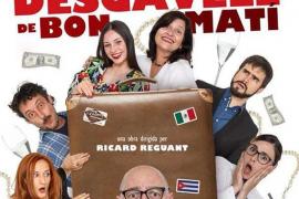 La comedia 'Quin desgavell de bon matí' se representa en el Auditori de Peguera