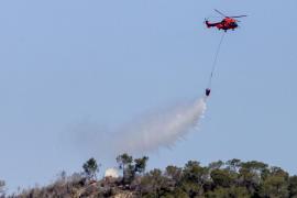 El simulacro de incendio de la UME en Sant Antoni, en imágenes (Fotos: Daniel Espinosa).