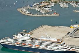 Alcúdia se muestra a favor de recibir más cruceros si son de pequeña eslora y de lujo
