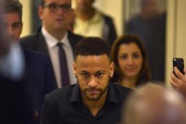 Neymar pasa página de la Copa América y se centra en su defensa