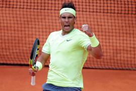 Nadal devora a Federer y jugará su duodécima final