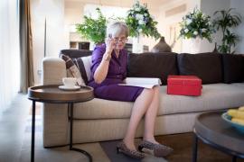 Theresa May firma su dimisión