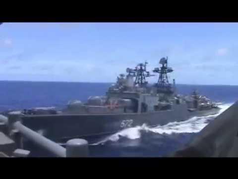 La peligrosa maniobra de un buque ruso contra un destructor estadounidense