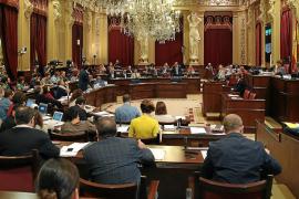 Anticorrupció recomienda a las parejas de los diputados que también declaren sus rentas