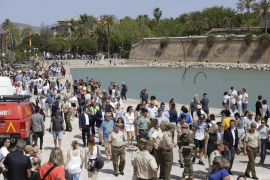 Las Fuerzas Armadas celebran su día con una exposición en el Parc de la Mar