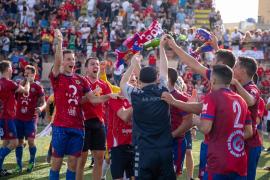 Las mejores imágenes del partido y la celebración del Portmany (Fotos: Toni Planells).