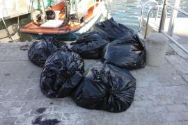Retiradas 11,8 toneladas de residuos del litoral Balear en mayo