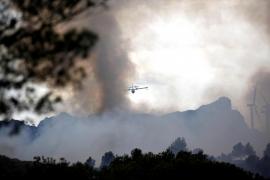 El incendio de Tarragona alcanza las 200 hectáreas con el fuego aún activo