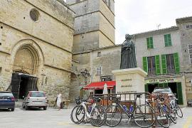 La polémica escultura del Rei en Jaume II de Sineu cambiará de ubicación