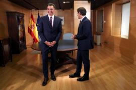 Rivera traslada a Sánchez que Ciudadanos votará en contra de su investidura