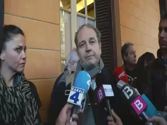 Huelga de hambre de jubilados  por «los ataques» del Govern al catalán