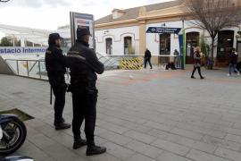 Detenido tras agredir a un hombre en el centro de Palma para robarle