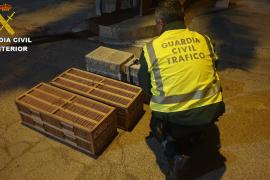 Detenido por el transporte ilegal de 400 jilgueros