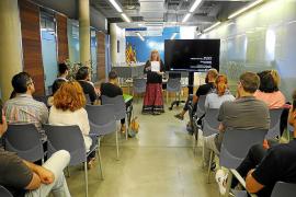 Sant Antoni realiza un curso de formación en igualdad de género para los trabajadores