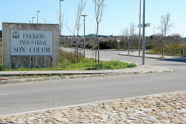 El Consell aprueba el uso comercial en los locales del polígono de Son Colom