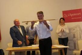 Colau Canyelles, investido alcalde de Santa Maria con el apoyo del concejal del PSOE
