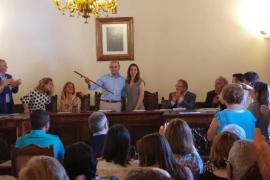 Toni Serra se estrena como alcalde y CDM seguirá gobernando en Muro con PI y PP