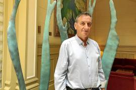 Serafín Carballo: «Muchos jóvenes no se sienten atraídos por la escuela y la abandonan»