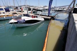 Nuevo vertido de aguas fecales en el puerto de Ibiza, en imágenes. Fotos: Daniel Espinosa