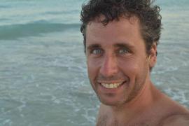 'Esperminator': 10 años regalando su simiente por el mundo