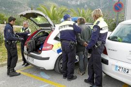 Detenido un hombre por pinchar ruedas de 15 coches en Andratx