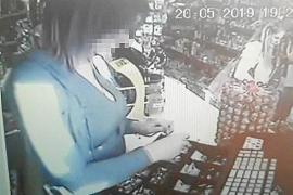 La dueña de un súper de Calvià denuncia a una empleada por robar de la caja