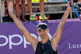 Sharapova regresa tras su lesión y vence a la eslovaca Kuzmova en Mallorca