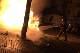 Más contenedores quemados en Palma