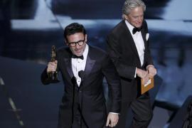 «The Artist» reina en los Oscar y España se va de vacío