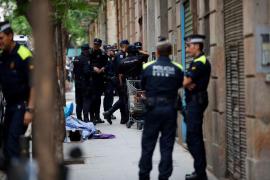 Unos 50 detenidos en la macrooperación contra el narcotráfico en el Raval