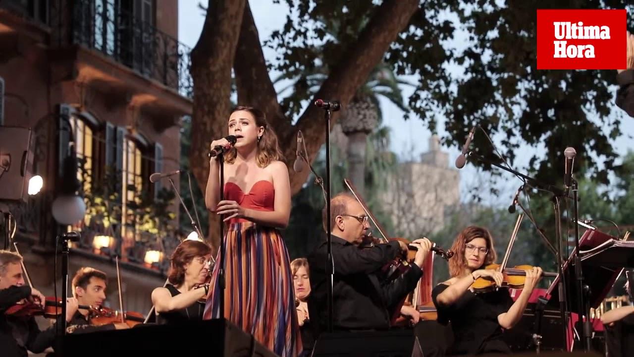 El Born 'baila' los grandes éxitos de Broadway con la Simfònica
