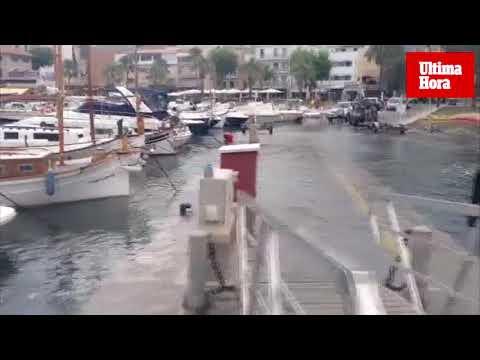 Una histórica 'rissaga' de más de un metro inunda el Port de Sóller
