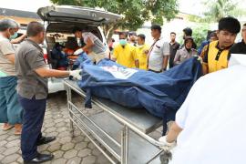Tres niños entre los treinta muertos en el incendio de una fábrica de cerillas