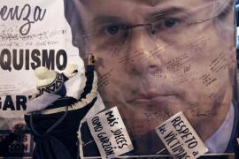 El Supremo absuelve por mayoría a Garzón  por investigar los crímenes del franquismo