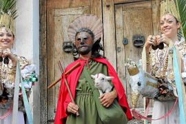 El rector de Pollença rechaza la oferta del alcalde y no saldrá un cordero vivo en el Corpus