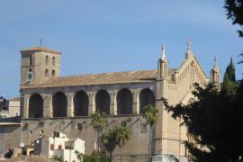 El Consell restaura una escultura de Ramon Llull de la parroquia de Artà