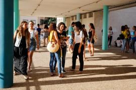 Las oposiciones de educación en las Pitiusas, en imágenes .