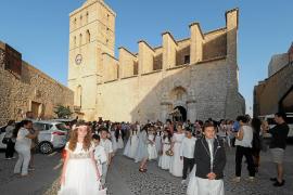 La colecta del Corpus Christi celebrado en la Catedral de Ibiza se destinará a Cáritas