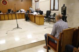 Condenado a ocho años de cárcel por apuñalar a dos hombres y enfrentarse a la Policía en s'Arenal
