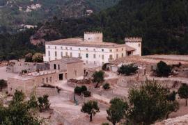 Patrimonio suspende la tramitación del hotel de Branson en Banyalbufar