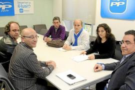 Los sindicatos piden a los diputados de PP y PSOE que voten en contra de la reforma