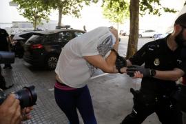 Prisión para la pirómana acusada de quemar varios contenedores en Palma